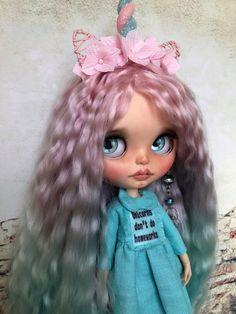 Unicorn Glasha Blythe doll custom OOAK with extra long mohair hair, companion collectible doll Blythe Dolls, Girl Dolls, Unicorn Doll, Ball Jointed Dolls, Monster High, Doll Clothes, Cartoons, Barbie, Disney Princess