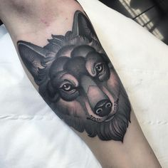 wolf from today @thetallonco @blackgardentattoo…