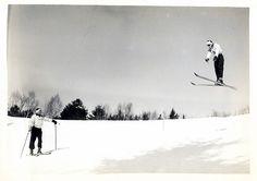 Vintage Ski #ski #freeride #snow #ekosport #mountain #winter #skiing #freestyle #outdoor #activity #freshair #pure #ekosport.fr #skiwear