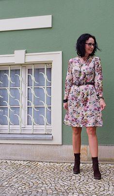Sukienka uszyta z wykroju Burda 10/2017 model 103
