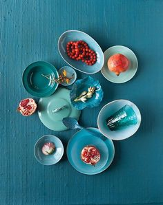 lacquer blue + enamel blue + coral red + dusted turquoise = http://blog.design-seeds.com/tag/red/