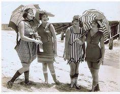 vintage everyday: Mack Sennett Bathing Beauties, ca. 1910s-20s