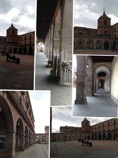 Plaza del Mercado, o plaza del Ayuntamiento lugar obligatorio de visitar en la ciudad de Ávila.