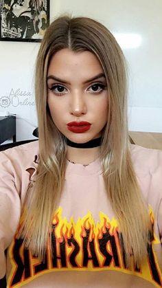 Alissa Violet Thrasher Trendy Tee-Shirt