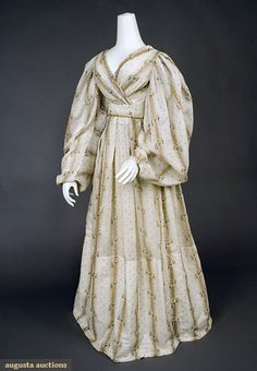 COTTON DRESS, EARLY 1830s