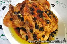 Quer uma receita fácil, rápida e saborosa para o #almoço? O Frango Assado ao Limão e Uva Passa, é simples e delicioso!  #Receita aqui: http://www.gulosoesaudavel.com.br/2011/07/23/frango-assado-ao-limao-e-uva-passa/