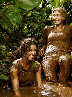 Evangeline Lilly y Elizabeth Mitchell. Evangeline Lilly, Serie Lost, Elizabeth Mitchell, Mudding Girls, Percy Jackson, Lost Tv Show, Lets Get Lost, Into The Fire, Film Serie