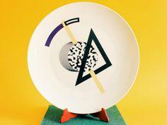 ¿Tienes algún plato suelto de una vajilla que ya no utilizas? Ahora podrás utilizarlo para decorar tu casa con estas ideas