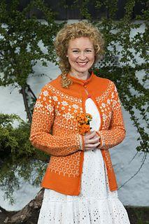 Ravelry: Orange jakke Loma Estrella pattern by Merete Norheim Myrdahl Knitting Projects, Knitting Ideas, Butterfly Dress, Ravelry, Christmas Sweaters, Knitwear, Knit Crochet, Crochet Patterns, Knit Sweaters