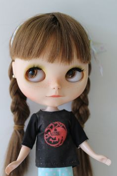 Un favorito personal de mi tienda Etsy https://www.etsy.com/es/listing/257623296/targaryen-hause-in-black-and-red-t-shirt