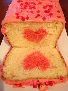 Valentine sweetheart cake