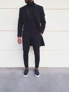 le noir en street style classe                                                                                                                                                      More