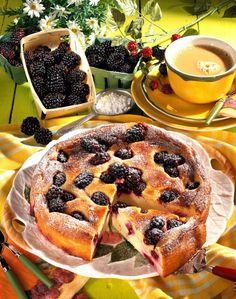 Unser beliebtes Rezept für Quark-Grieß-Brombeer-Kuchen und mehr als 55.000 weitere kostenlose Rezepte auf LECKER.de.