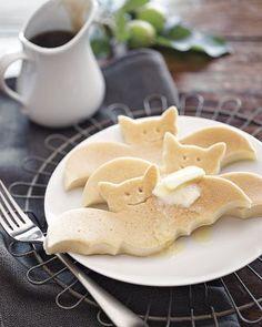Bat Pancake molds from Williams Sonoma - halloween food idea