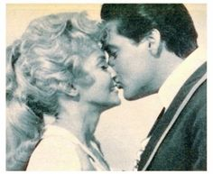 """Elvis and Donna Douglas in """"Frankie and Johnny"""" 1966 