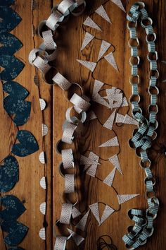 We at Boråstapeter have partnered with photographer and stylist Malin Mörner to produce a series of fabulous Christmas decorations that you can create with wallpaper. Christmas Makes, Christmas Time, Make Bunting, Bunting Flags, Christmas Tree Decorations, Christmas Ornaments, Paper Chains, Of Wallpaper, Merry And Bright