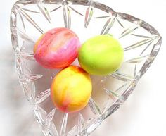 Watercolor Easter Eggs - 10 Spring Decorating Ideas