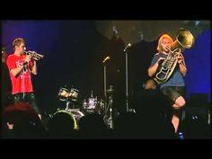 La Brass Banda - Chancenlos - Brilliant music... amusing too