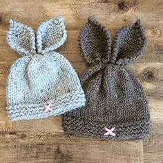 Rustic Knit Bunny Toque Knitting PatternKnit Hat K Baby Hats Knitting, Baby Knitting Patterns, Loom Knitting, Knitted Hats, Crochet Patterns, Newborn Knit Hat, Crochet Baby, Knit Crochet, Knitted Bunnies