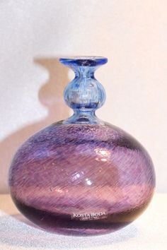 Vtg KOSTA BODA ART GLASS SIGNED B. VALLIEN ANTIKVA PURPLE BLUE ROUND BOTTLE VASE