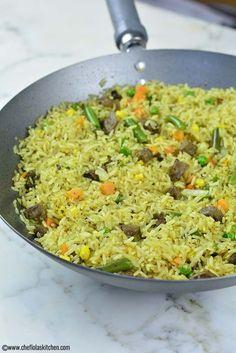 Nigerian fried Recipe - Easy way to make the Nigerian fried Rice - Restaurant Pollo Al Carbon - African Food Rice Dishes, Food Dishes, African Rice Recipe, Nigerian Fried Rice, Paella, Nigeria Food, Indian Food Recipes, Ethnic Recipes, Nigerian Food Recipes