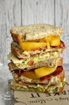 Sandwich de Melocotones Asados
