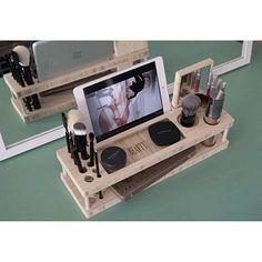 beauty organizer with iPad holder to watch YouTube tutorials!