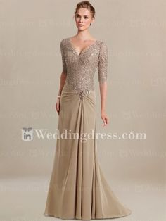 So stunning! What a beautiful dress for the mother of the bride #wedding #blacktie #formalwedding #dress #motherofthebride