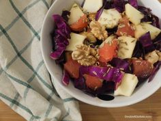 Insalata di cavolo rosso, mela e pompelmo rosa (Red cabbage, apple and pink grapefruit salad) – DoubleKitchen