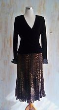 TADASHI-NWOT-STUNNING BLACK VELVET SURPLICE TOP-WIDE HAND BEADED CUFFS-MED