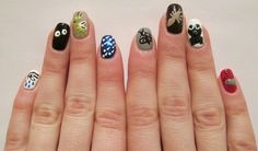 However, Passover is her most favorite holiday to render on her nails. | This Rabbi Creates Torah-Inspired Manicures Every Week