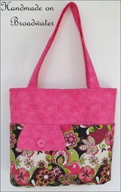Handmade on Broadwater ~ Fabric Tote