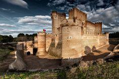 Las batallas entre cristianos y musulmanes llenaron España de fortalezas y alcazabas