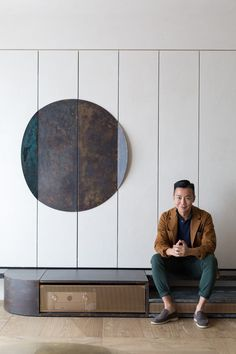 The Imperfect Residence: An Apartment in Hong Kong Embraces the Beauty of Imperfection Japanese Home Decor, Japanese House, One Bedroom Apartment, Apartment Design, Japanese Philosophy, Mid Century Decor, Luxury Apartments, Wabi Sabi, Hong Kong