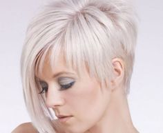 Funky short pixie haircut with long bangs ideas 47