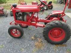 Gravely Mowers 849561917182351715 - Source by rabenykaleksand Antique Tractors, Vintage Tractors, Vintage Farm, Yard Tractors, Small Tractors, Small Garden Tractor, Wheel Horse Tractor, Garden Tractor Attachments, Homemade Tractor