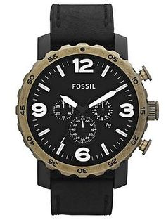Track time with this Fossil watch.  Sigue el tiempo con este gran reloj.