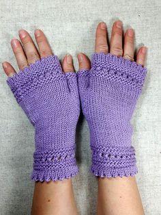 Fingerlose Handschuhe aus Wolle für Damen, Flieder, Handgestrickt  Fingerless Gloves women, handknitted wool mittens, lilac