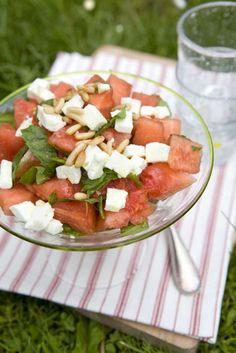 Sallad på vattenmelon, mynta & fetaost - Mitt kök