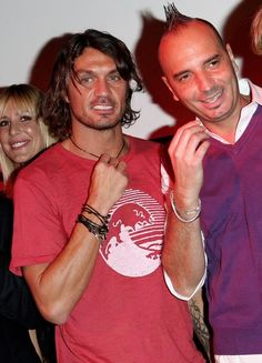 Milan Wallpaper, Paolo Maldini, Ac Milan, Handsome, Football, Sport, Couple Photos, Couples, Sports