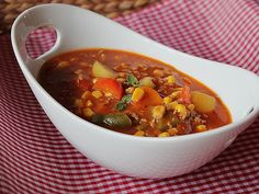 Colorful minced meat and vegetable stew by gabipan Chicken Curry Soup, Chicken Spices, Chicken Soup Recipes, Chicken And Vegetables, Vegetarian Soup, Indian Soup, Food Doodles, Curry Spices