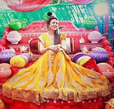 Gorgeous pic of Divyanka Tripathi from her Haldi ceremony! @filmywave…
