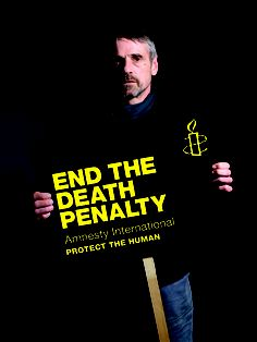 Jeremy Irons's face and message stand out in the darkness: end the death penalty - Activismo / Activism