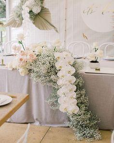 M A D E L I N E A N N E (@madelineanne_stylist) • Instagram photos and videos White Wedding Bouquets, Rose Wedding, Diy Wedding, Wedding Flowers, Wedding Ideas, Wedding Dresses, Flower Centerpieces, Wedding Centerpieces, Wedding Decorations