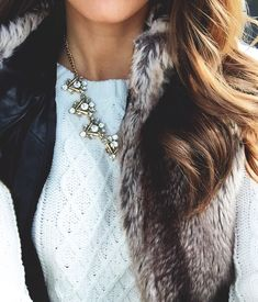 Pretty Little Things Winter Clothes, Fall Winter Outfits, Winter Wear, Autumn Winter Fashion, Preppy Winter, Fall Fashion, Furry Vest, Hair Necklace, Pearl Necklace
