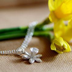 Flower Bracelet, Silver Daffodil Charm Bracelet, Spring Wedding, Welsh Gift, Wales Flower, Mother's Day Present, Handmade sterling silver
