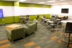 NEW KI Innovation Center at Fox Valley Technical College reinvents the classroom experience. There are four innovative classrooms, each with a different approach and varying levels of technology and versatility (mobility + flexibility).