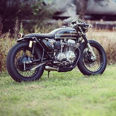 A Honda CB750 by @adrian_leather. Stellar job with the build! . #croig #caferacersofinstagram
