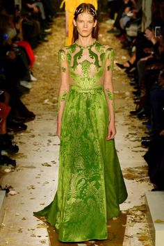 VALENTINO HAUTE COUTURE SPRING-SUMMER 2016