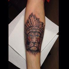"""Tatuagem feita por <a href=""""http://instagram.com/kalleltattoo"""">@kalleltattoo</a>!  Marque seus amigos que gostam do rei leão."""